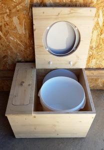 Toilette sèche by Stef menuisier Gard