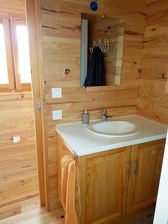 salle de bain roulotte 2