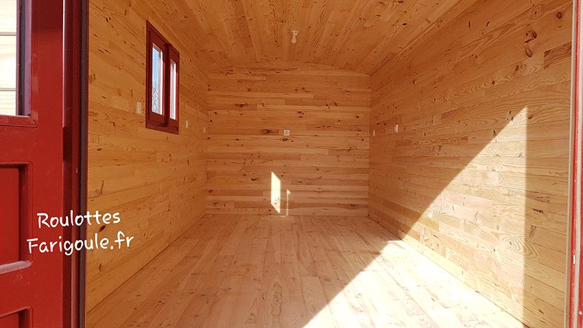 Roulotte atelier vide isolée en bois Roulotte Farigoule By Stef menuisier