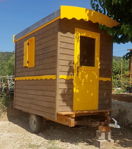 Roulotte-La-Cabane-2019