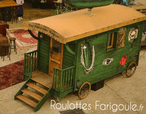 roulotte-wagon-pub-peinte-en-vert